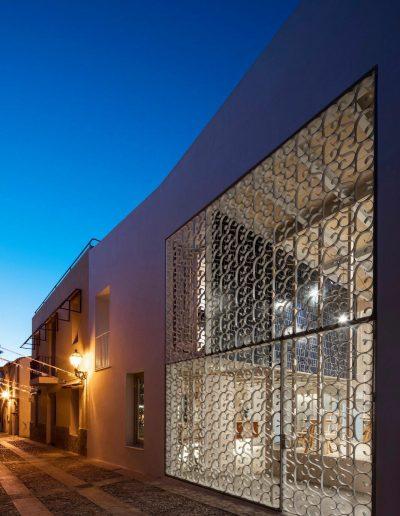 Hotel_santacreu_fachada_nocturna
